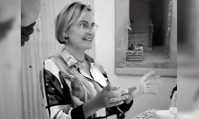 Ainhoa Arteta, muy recuperada, disfruta de una cena entre amigos en Madrid