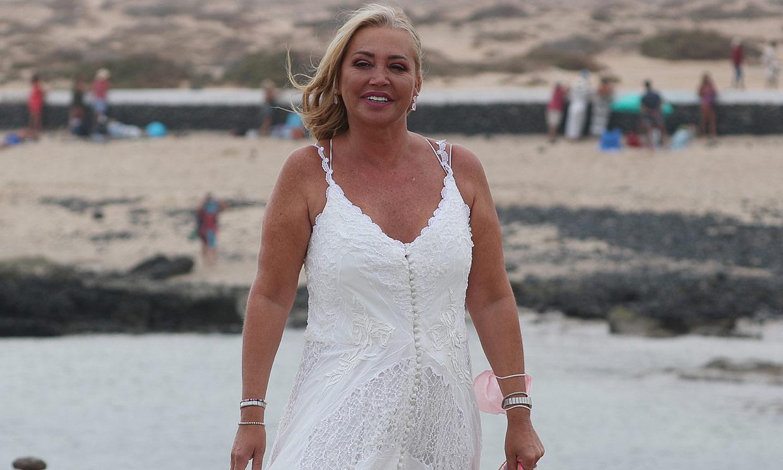 De Belén Esteban a Isa y Asraf: todos los invitados se visten de blanco para la boda de Anabel Pantoja
