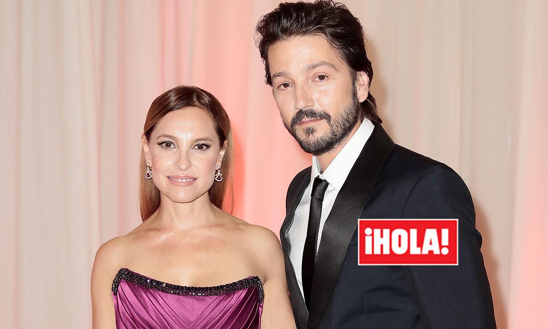 Diego Luna posa por primera vez con su pareja, Marina Tavira, en su noche más especial