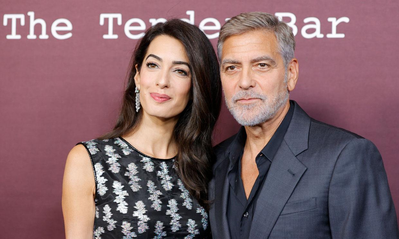 El regreso de George Clooney con Amal y su divertido 'duelo' con Ben Affleck sobre quién es más sexy