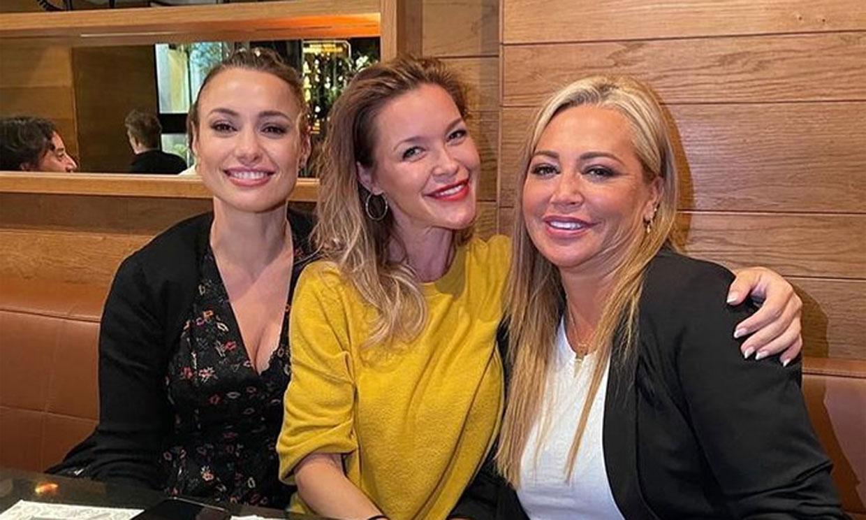 ¡Risas sin parar! La divertida cena de Belén Esteban con sus amigas Natalia Verbeke y María Esteve