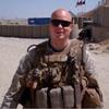 Un militar logra una cita con la actriz Mila Kunis tras pedírselo por YouTube