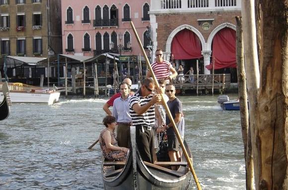 Venecia, colapsada por la llegada de tres millones de turistas