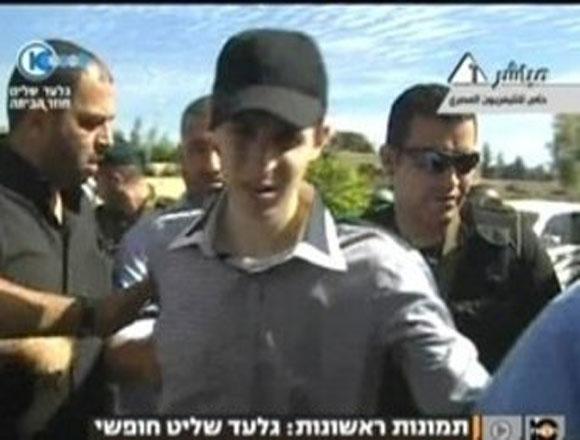 Shalit: 'Celebraría que todos los presos palestinos volvieran con sus familias'