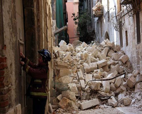 Un herido leve en el derrumbe de una casa en Tarragona