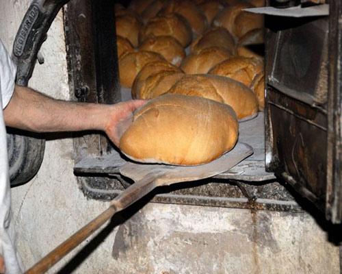 Un horno de más de 200 años sigue produciendo pan de forma totalmente artesana