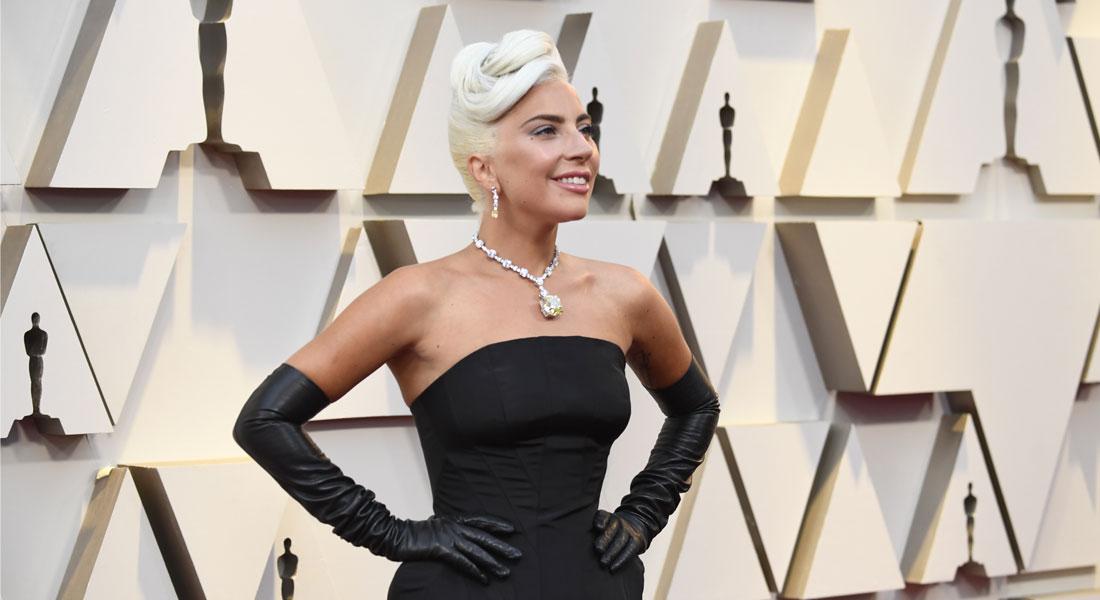 d8d23d5bec59 Oscars 2019  Lady Gaga se inspira en Audrey Hepburn para su look
