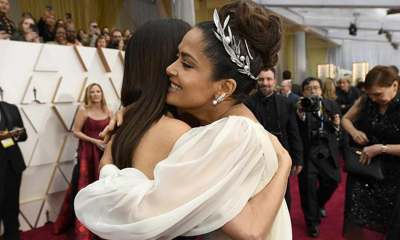 Fotogalería: el cariñoso y efusivo encuentro entre Penélope Cruz y Salma Hayek