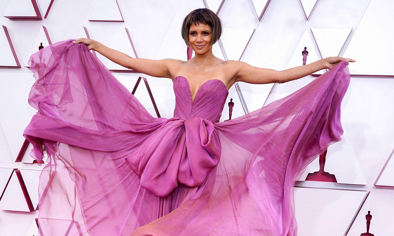 Halle Berry, Zendaya, Laura Dern y Brad Pitt amenizan la velada como presentadores
