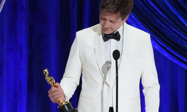 Thomas Vinterberg ('Otra ronda') dedica el Oscar a su hija fallecida: 'Ha ocurrido un milagro y tú eres parte'