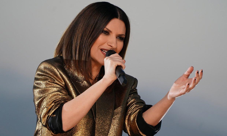 Laura Pausini brilla con luz propia en una gala que proclamó ganadora a H.E.R.