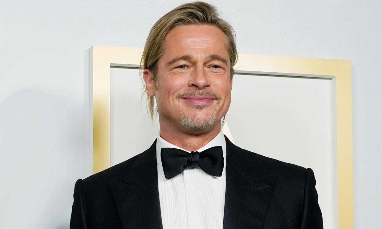 Y el Oscar al look más comentado es para… ¡Brad Pitt!