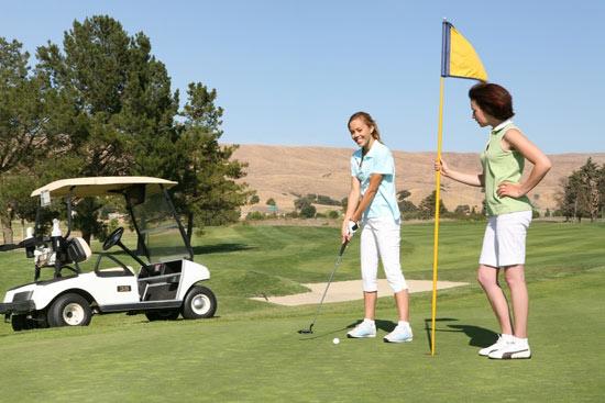 El golf, un ejercicio muy saludable