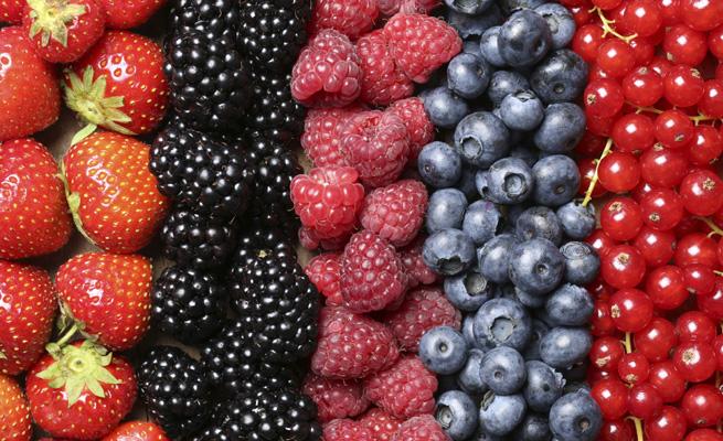 10 alimentos con 'cero' calorías que cuidan de tu salud