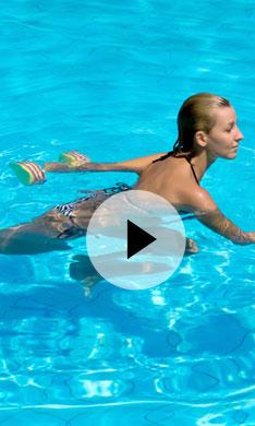 ¡Quema calorías en la piscina!