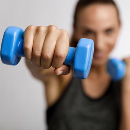 rutina de ejercicios para brazos hombres en casa