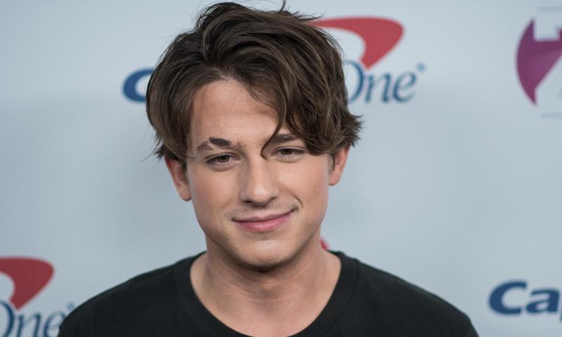 Del hongo de Charlie Puth al 'buzz' de Bieber: Cuatro cortes de pelo 'trendy' para hombres