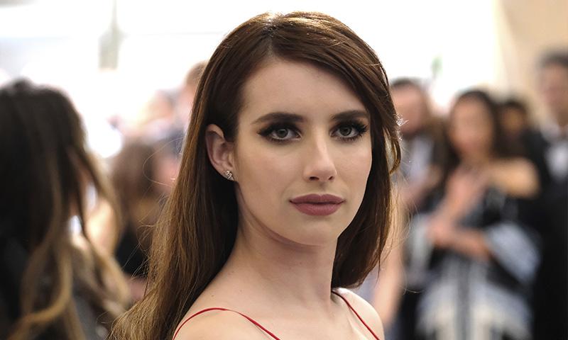 Cambia tu rostro, según el peinado, tal y como hace Emma Roberts