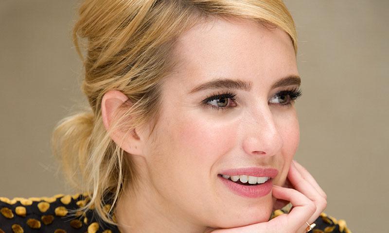 Logra un 'look' informal, pero muy chic, con recogidos al estilo de Emma Roberts