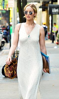 Ejercicios con 'mini bandas' para tonificar tu cuerpo como Jennifer Lawrence