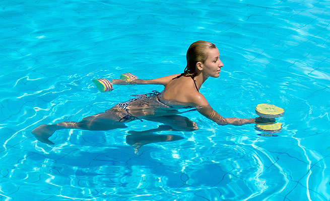 Nataci n for Ejercicios piscina espalda