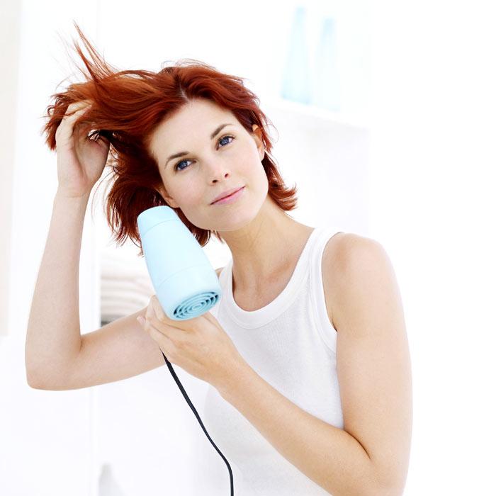 Pero la pregunta más importante es  ¿Cómo evitar la caída del pelo  Ante  todo 1af85df0c626