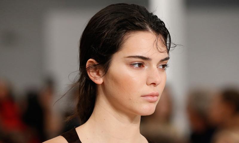 El 'peeling' químico, una alternativa para poner fin al acné adulto