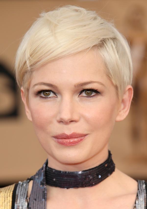 Diez Peinados Expres Para Presumir De Look Con Pelo Corto Foto
