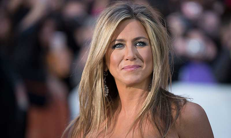 jennifer anniston facial