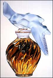 L'Air du Temps, mejor frasco de perfume del siglo