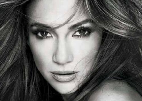 Jennifer López ficha por una firma cosmética