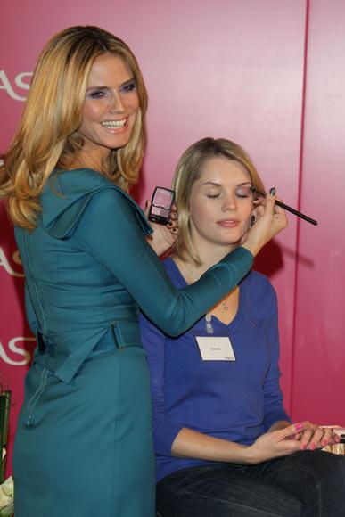 Heidi Klum, una maquilladora ¡de lujo!