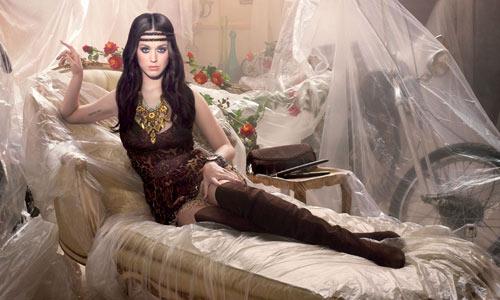 Katy Perry, ¿con cuál de sus 'looks' te quedas?