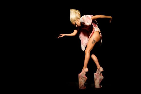 Lady Gaga, moda y solidaridad se dan la mano en su última campaña