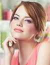 Emma Stone, el rostro de la primavera en la nueva campaña de una firma cosmética