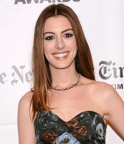 Anne Hathaway, Mejor Con El Pelo Largo Según Nuestros
