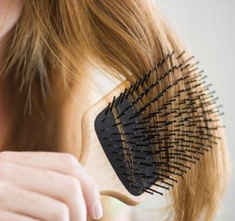 ¿Qué debes hacer ante la caída del pelo estacional?