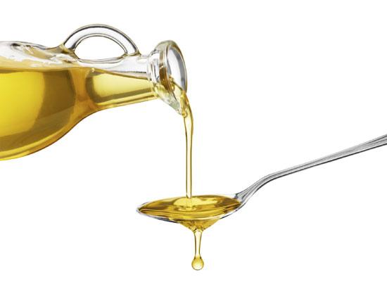Tres trucos caseros para sacar partido al aceite de oliva