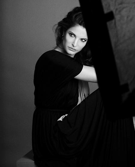La veterana modelo Stephanie Seymour, nueva musa de una firma cosmética
