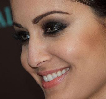 Hiba Abouk, una mirada que cautiva