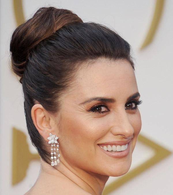 Melena 'midi', recogidos 'de Oscar'... Penélope Cruz, 41 años en 41 'looks'