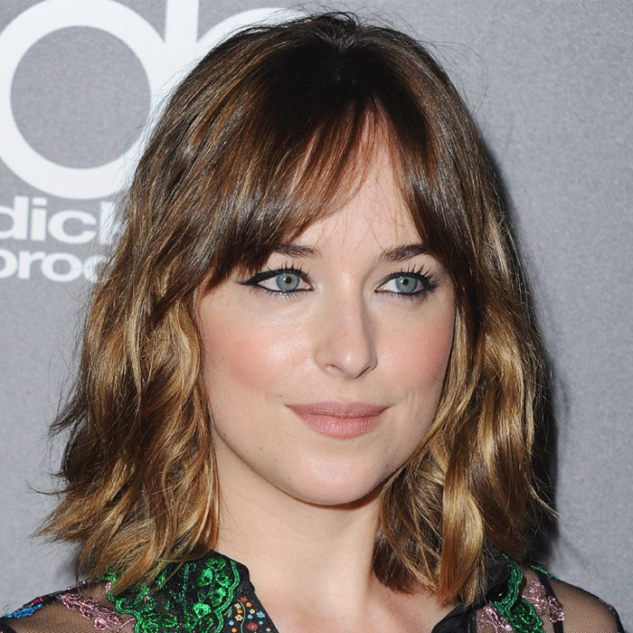 dakota johnson - Cortes De Pelo Femeninos