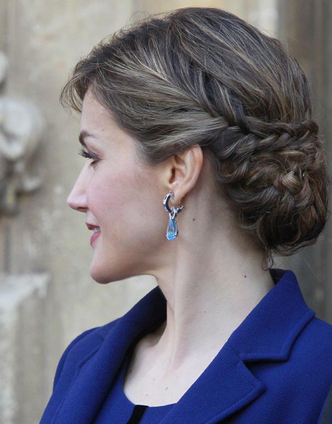 La nueva melena de la reina letizia foto - Fotos de pendientes ...