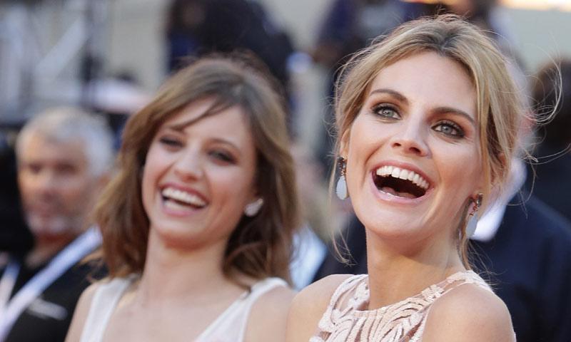 Sonrisa 'top': Seis costumbres que les vienen (muy) mal a tus dientes