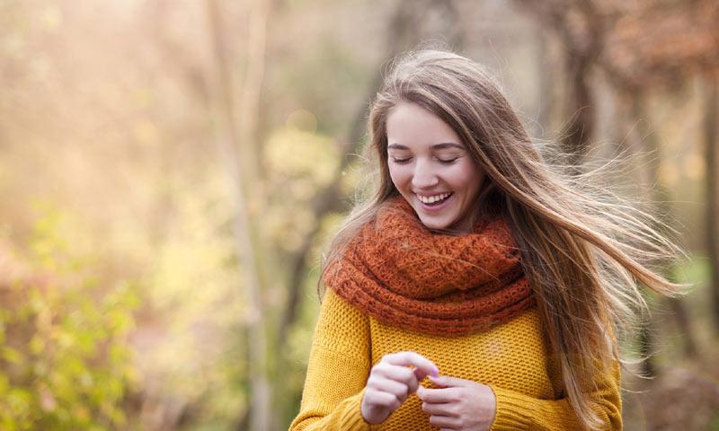 Caída del cabello estacional: desmontando mitos