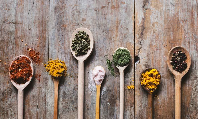 ¿Quieres descubrir los usos cosméticos de las especias?