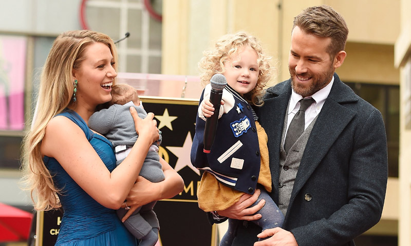 Por fin, Blake Lively y Ryan Reynolds nos presentan a su preciosa familia ¡y la espera ha merecido la pena!