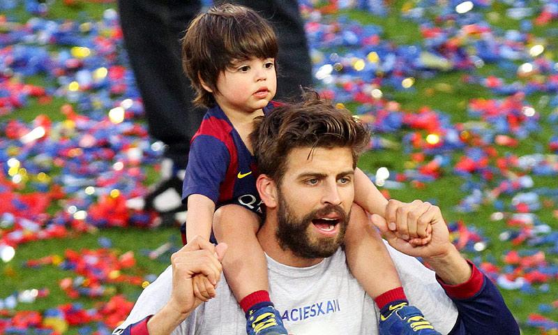 ¡Para comérselo! No te pierdas a Milan Piqué cantando con su padre