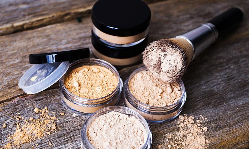 Ocho ventajas de usar maquillaje mineral