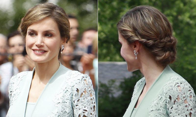 ¿Por qué la Reina lleva en tantas ocasiones el 'recogido brocado'?